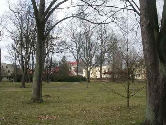 Park mezi Hospůdkou u parku a Fryštátskou chalupou.