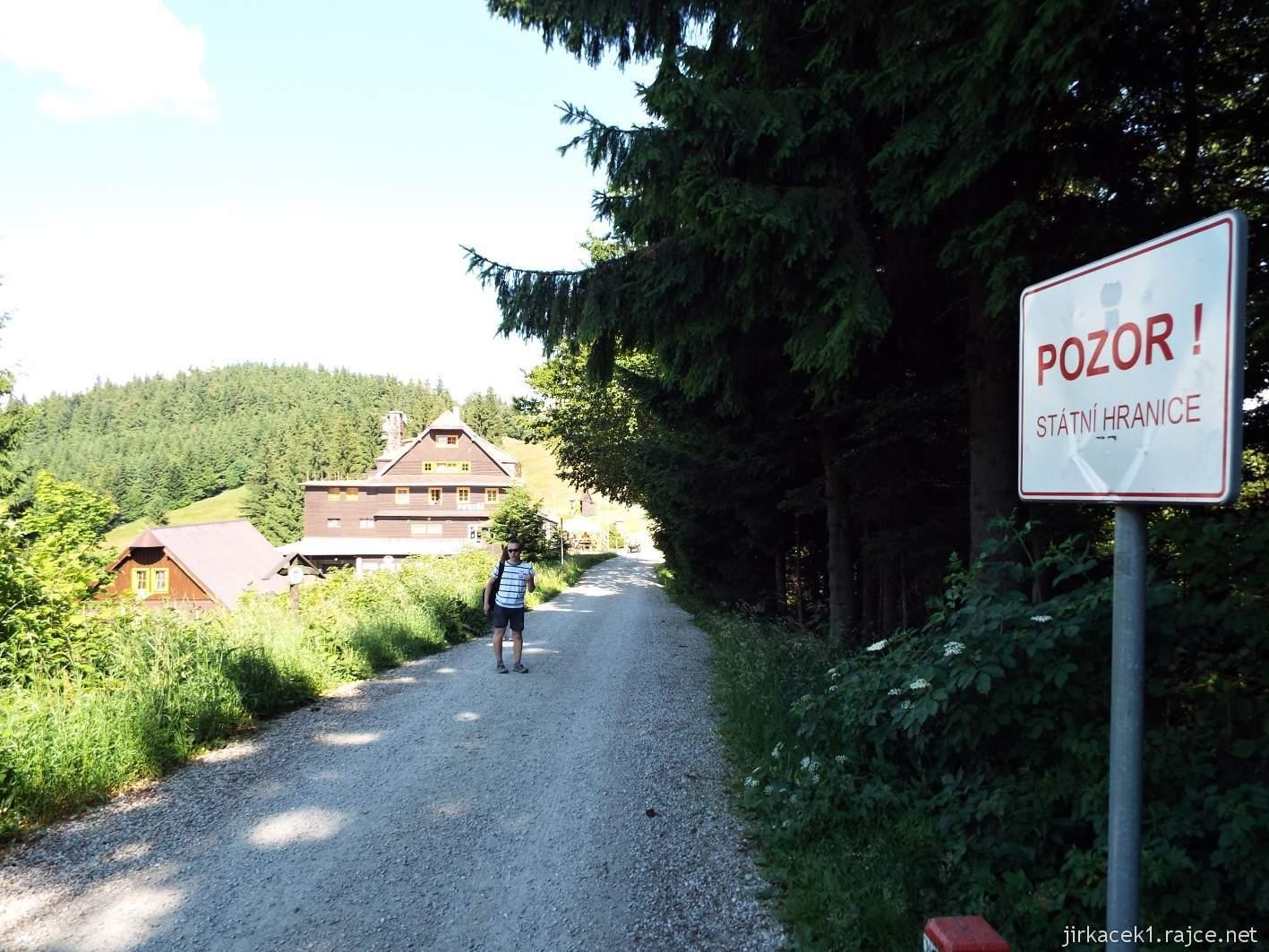 Hotel Portáš - cesta na Portáš - u hotelu