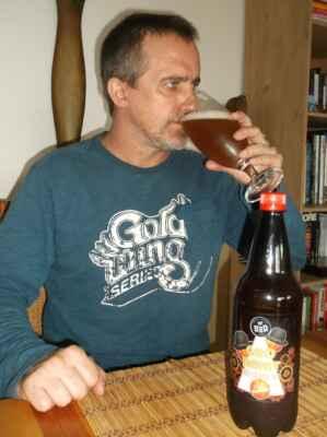 GUD BAJAT 13,5° Hazy Orange APA 5,5% svrchňák z Albrechtického pivovaru (U2D Pub craft beer) - Ječné a pšeničné, ovesné vločky, sladká pomer. kůra, curacao