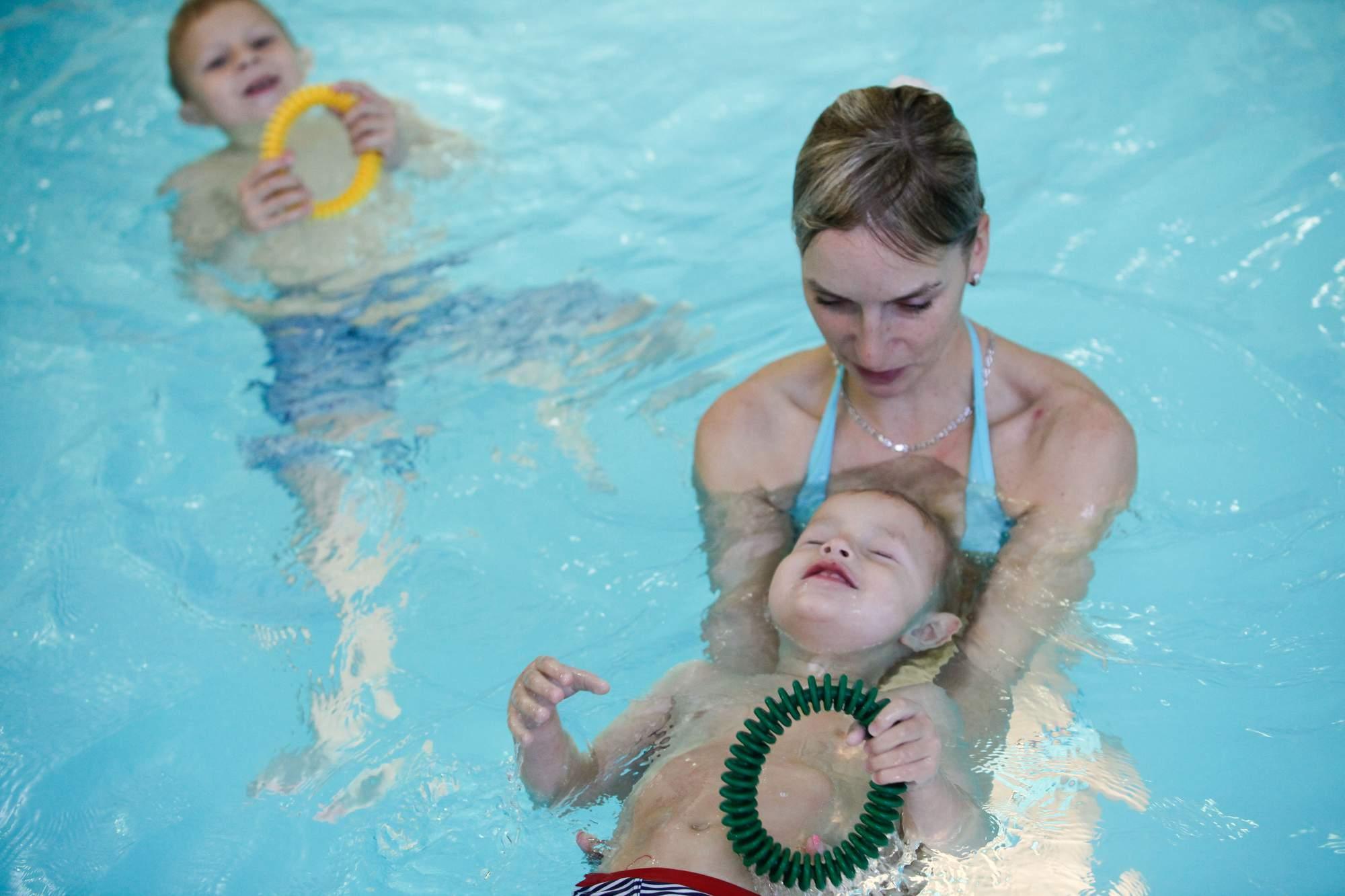 rajce  boy [[[[deti idnes rajce bath 3 Konečně doma a děti v bazénku – vodesil – album na Rajčeti