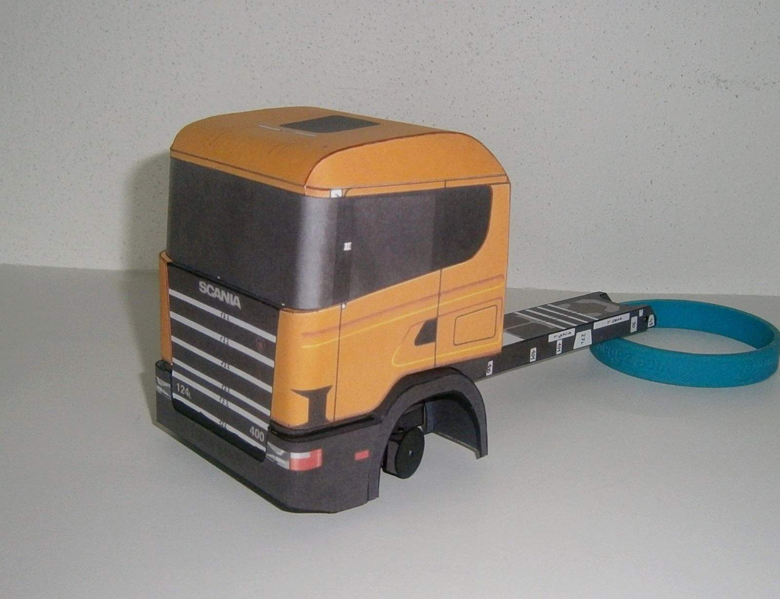Scania 124L + kontejnerový návěs